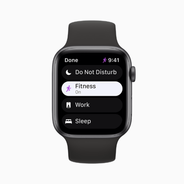 watchOS 8 supports Focus, a powerful set of tools available in iOS 15 to help users reduce distraction and be in the moment.