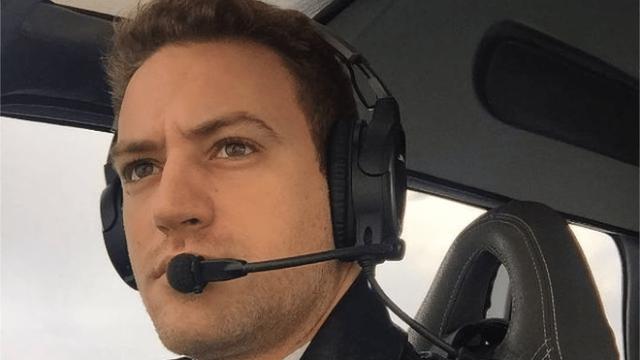 Pilot Babis Anagnostopoulos (via Babis Anagnostopoulos, Instagram)