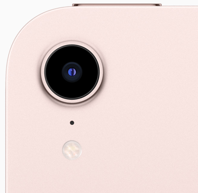 The back camera on iPad mini now features a 12MP sensor with Focus Pixels and a larger aperture to capture sharp, vivid photos.