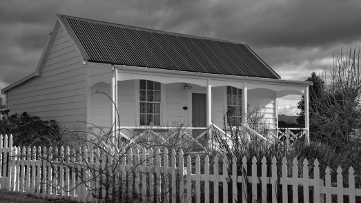 iconicnz0005,1860, fencibles stockade cottage