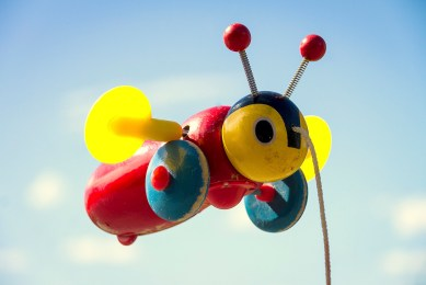 iconicnz0012, the buzzy bee
