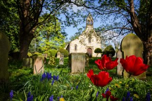 2019_04_A019_OPEN_The church yard