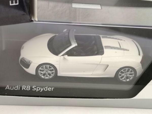 Audi R8 spider alb – 1