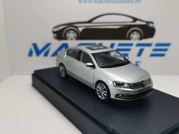 VW Passat B7 2011 GRI 7