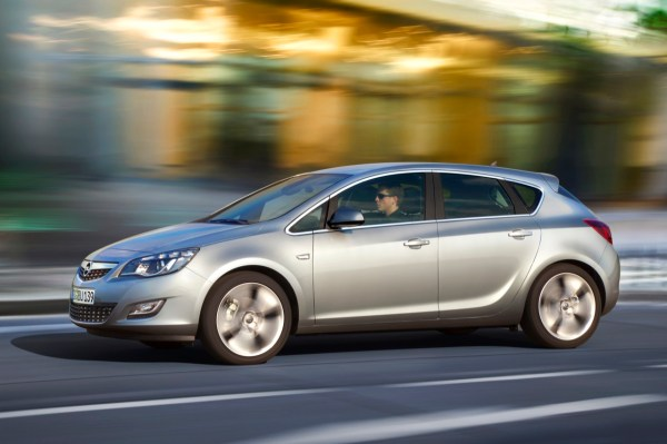 2011 Opel Astra Sports Coupe -Photos,Price,Reviews ...