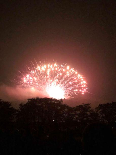 今年も見ることが出来た浅川の花火大会2(中石井・男性)