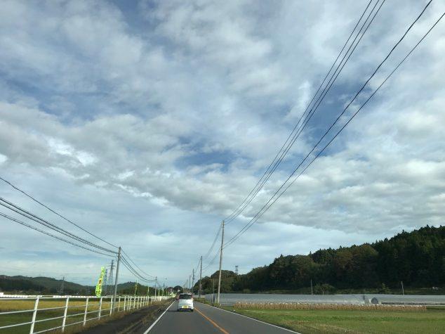 中石井の直線道路(東館・女性)