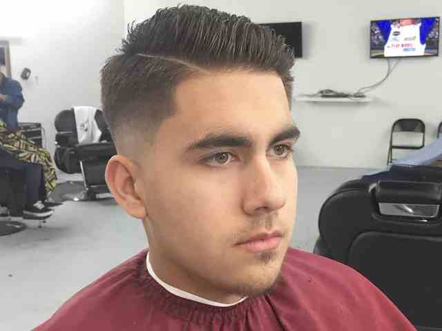 60 best male haircuts for round faces - [be unique in 2017]
