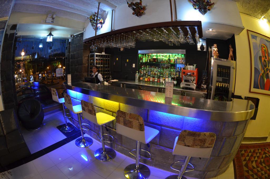 Bar do Hotel Royal Inka I