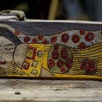 Ruhende Dame mit edlem Gewand  Künstlerische Dekorfliese - aliton
