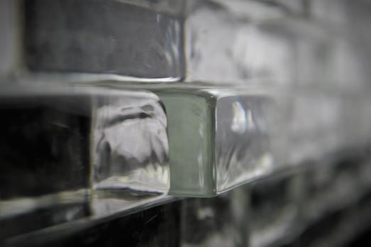 Cegły szklane, 100% szkła, cegła ze szkła, Glasspol, glassbrick, crystal block, Fot Maciej Zaluski
