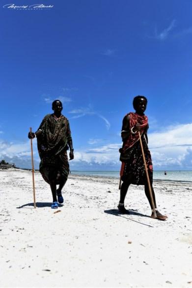 Zanzibar-Masajowie-Masajki-Ocean-Owoce-warzywa-plaża-ludzie-Małpka-Fot.Macie-14