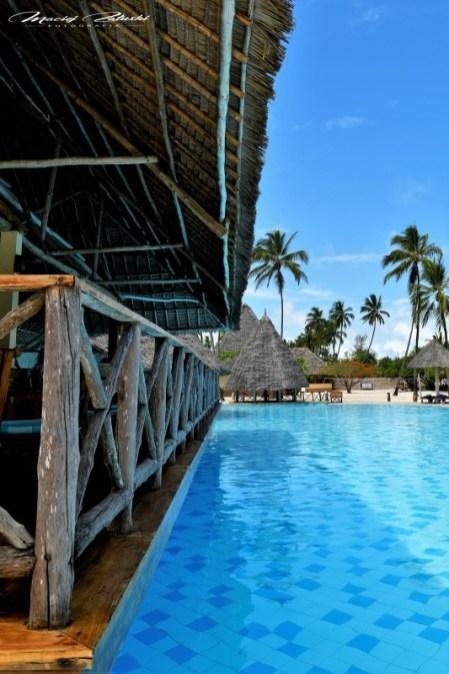 Zanzibar-Masajowie-Masajki-Ocean-Owoce-warzywa-plaża-ludzie-Małpka-Fot.Macie-21