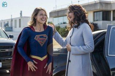 supergirl-2x3-21