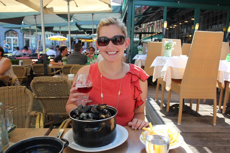 Sarah MacIndoe, Sarah Aquilina, Bruges, Market Square, Restaurant, Mussels, Beer, Summer