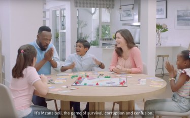 Nandos Advert Pokes fun at SA Gov't & Got Everyone…