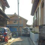 おそらく日本で一番狭い道。°(ToT)°。椿泊、徳島県