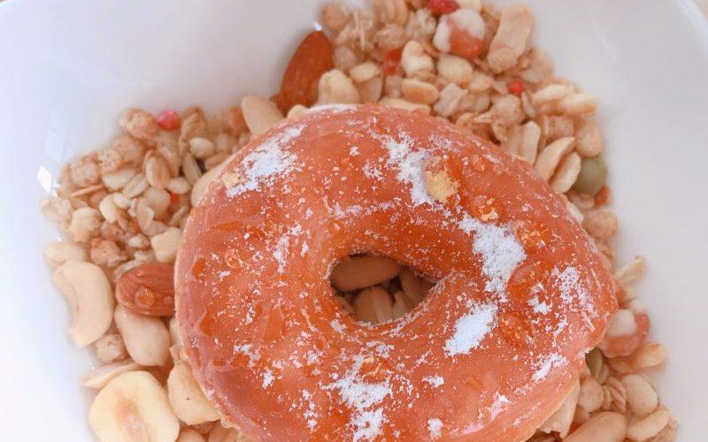 【スイーツ朝ごはん】ミニでもでかいお得なミニドーナツ