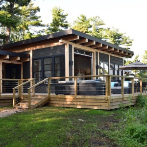 Modern Cottage Lake of the Woods MacKneson Design Inc