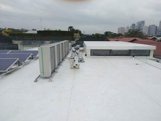 Sika Uni-Base used as support for ACCU on Sika Sarnafil installation