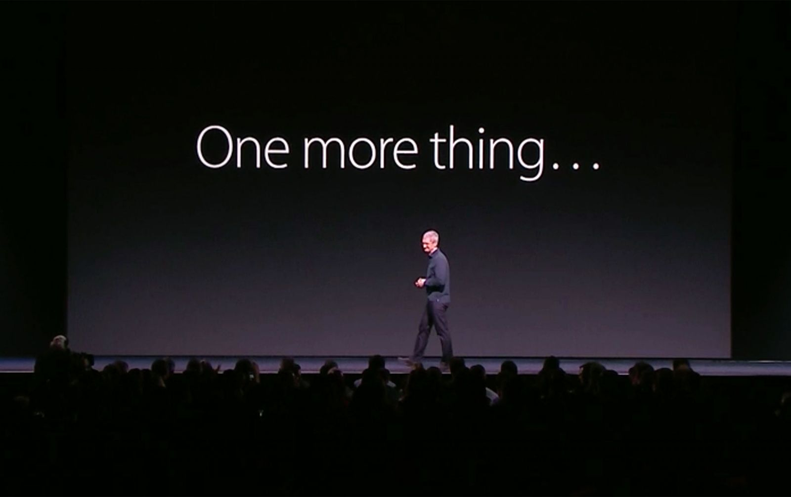 """Tim Cook com """"One more thing…"""""""