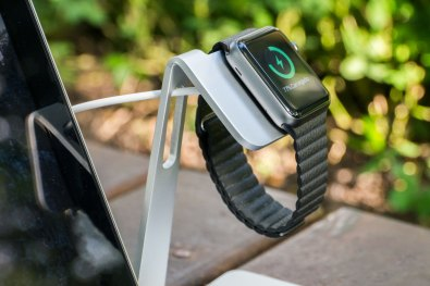 Table Stand para Apple Watch, da ROCK (MM Store)