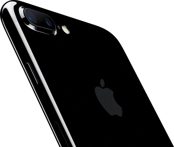 iPhone 7 Plus jet black inclinado de costas