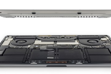 "Desmonte do MacBook Pro de 15"" pelo iFixit"