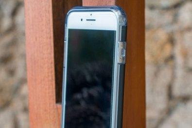 Capa Hybrid Armour com tecnologia Air Cushion para iPhone 7 Plus, da Spigen