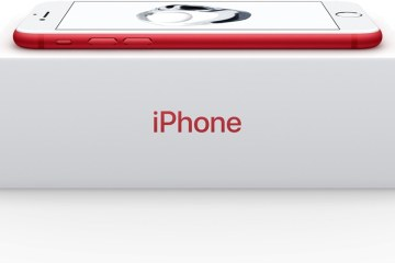 Caixa do iPhone 7 (PRODUCT)RED com fundo ajustado para branco