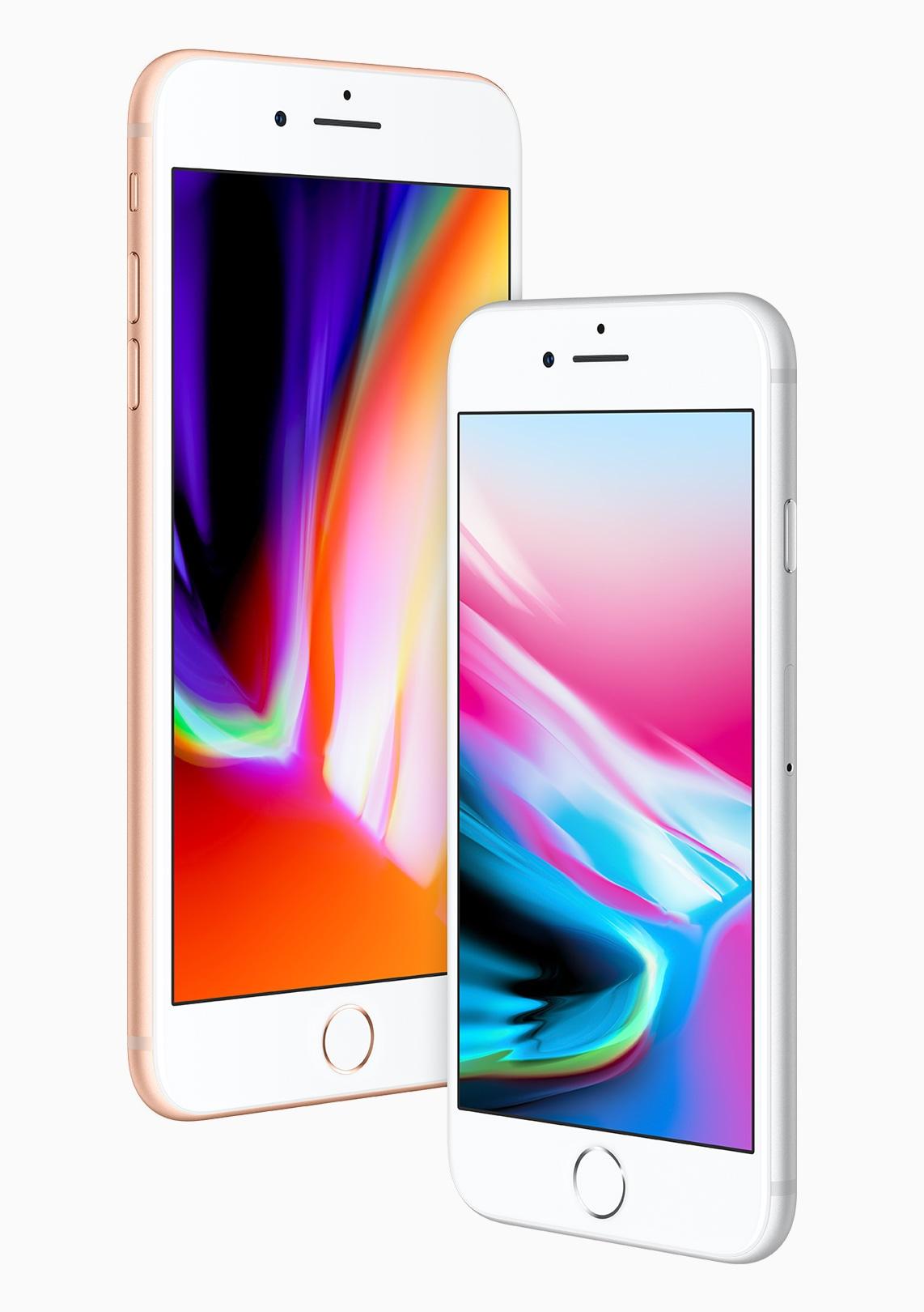 iPhone 8 dourado e iPhone 8 Plus prateado vistos de frente com ângulo
