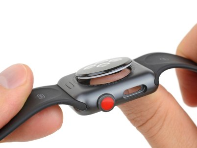 Desmontagem feita pela iFixit do Apple Watch Series 3 (GPS + Cellular)