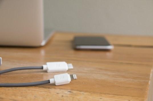 Cabo de Lightning para USB-C, da rock space