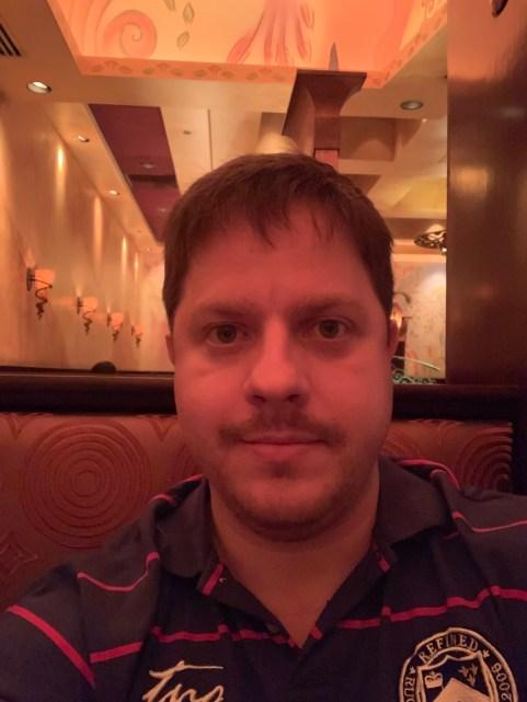 Selfie tirada com o iPhone XS Max