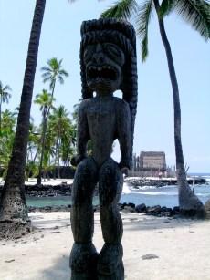 A Pu'uhonua o Hōnaunau Tiki