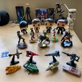 Desk Army 10