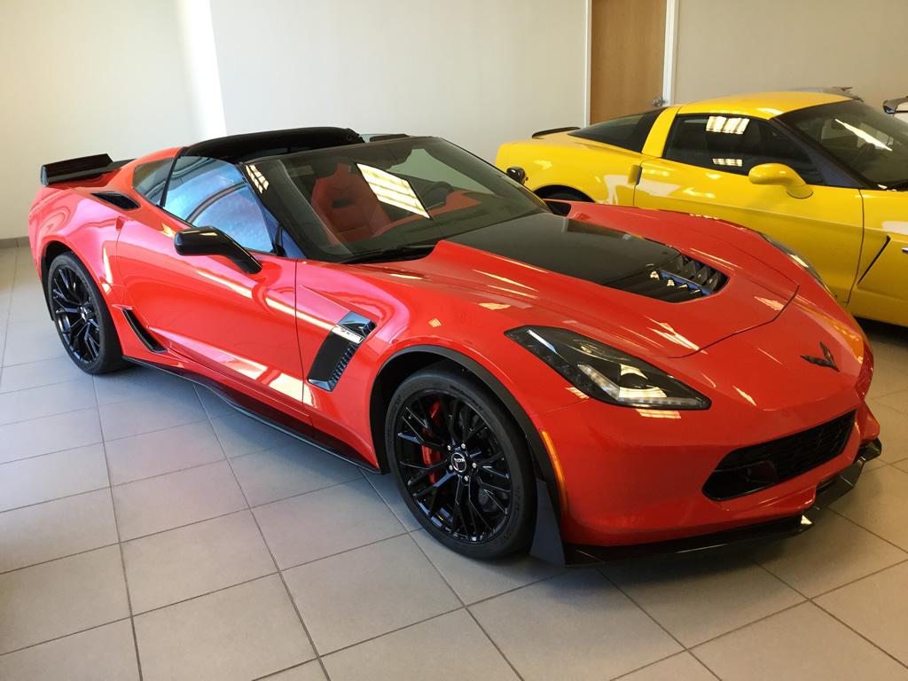 reduced 2015 corvette coupe z06 2lz only 4 856 miles macmulkin corvette 2nd largest. Black Bedroom Furniture Sets. Home Design Ideas