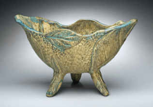 Footed Leaf Bowl