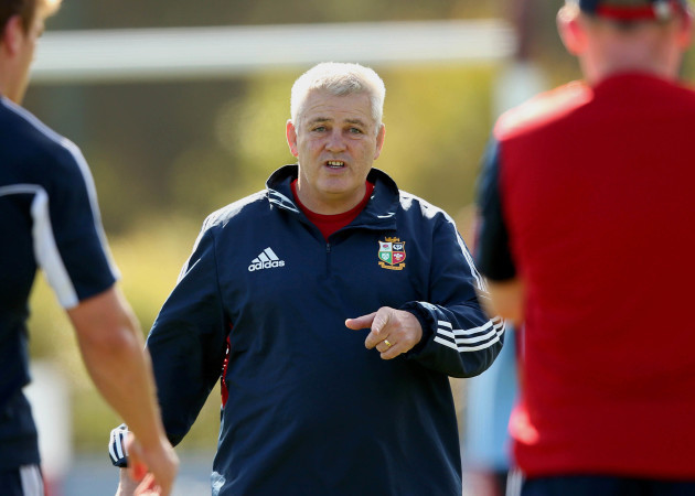 Kiwi newspaper list Warren Gatland as contender for the All Blacks job… but suggest he's better-suited to England