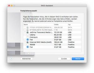 Im nächsten Schritt werden die Festplatten bzw. Partitionen ausgewählt, die Teil des RAID-Verbundes sein sollen