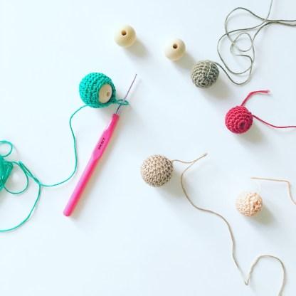 Collier en perle tricot
