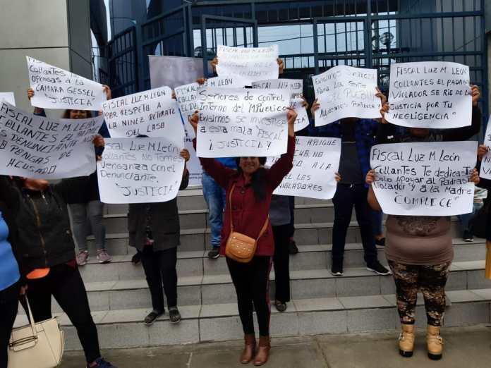 Familiares de menor protestaron en los exteriores del Ministerio Público