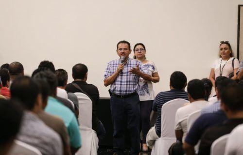 El secretario general de la CROC, Martín de la Cruz Gómez, ofrece toda la fuerza del gremio en la defensa de los derechos de los trabajadores.