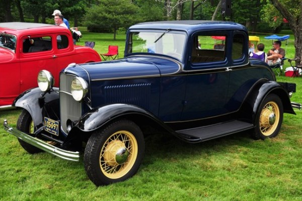 1932 Ford Standard Coupe blue