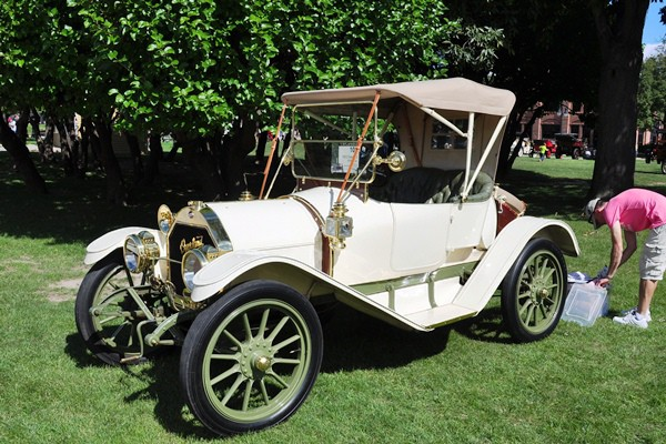 Daniel and Laura Trzcinski 1912 Overland 59 Roadster