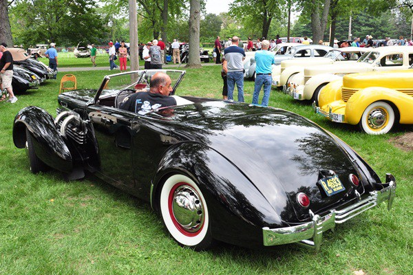 George Arakelian 1937 Cord 812 Cabriolet rear