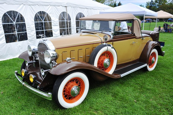 Larry and Pam Splane 1932 Buick 66C Convertible Coupe