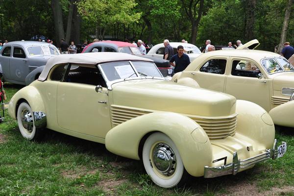Thomas Dudley 1936 Cord 810 Phaeton