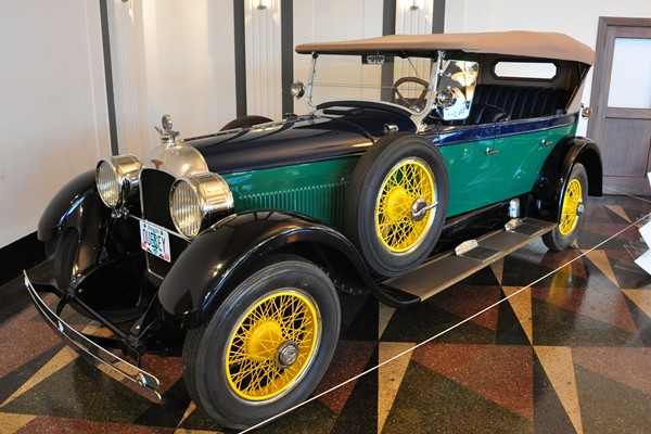 1926 Duesenberg Model A Touring