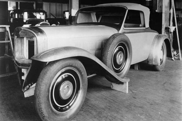 1929 Ruxton roadster fullsize mockup